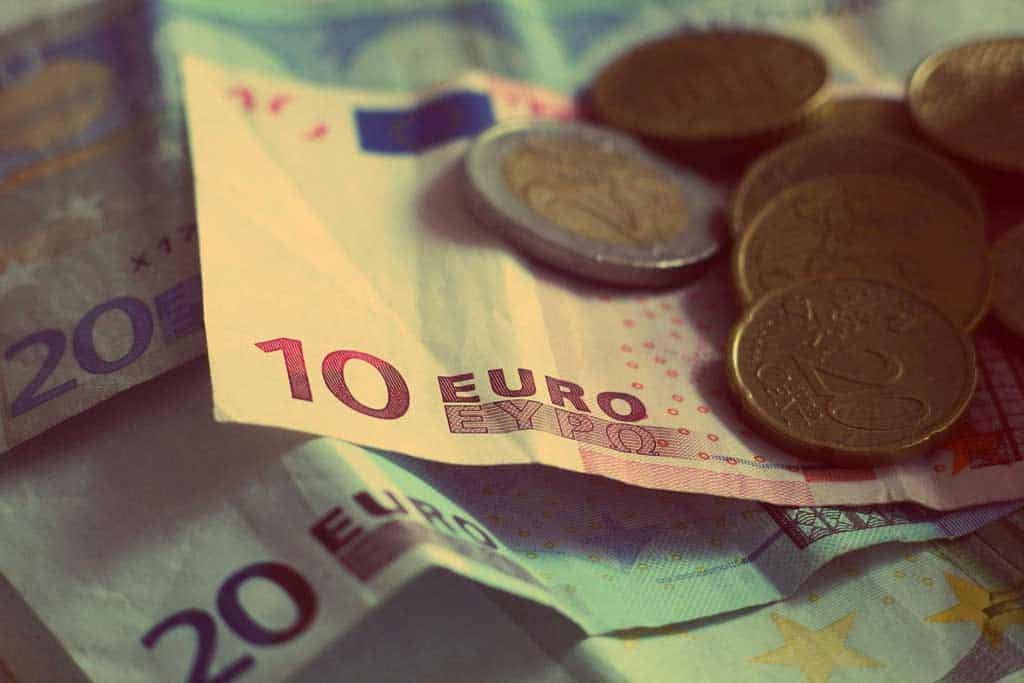Euros: Martin Vorel - Stocksnap.io